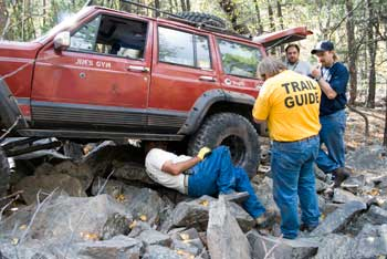 Black Hills Jamboree - broken U-joint on the rear drive shaft